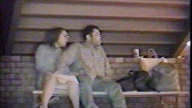 الفتيات في افلام جنسيه اجنبيه كامله اللاتكس strapon في الحمار, ووضع تلك النشوة
