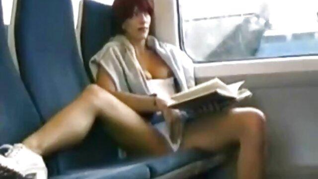 مفلس فتاة تحصل مارس الجنس افلام جنسيه اجنبيه وعربيه من قبل السود في المرحاض