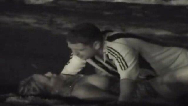 عارية الرجل الملاعين اثنين من الصديقات مع أفلام أجنبيه جنسيه الديك ضخمة