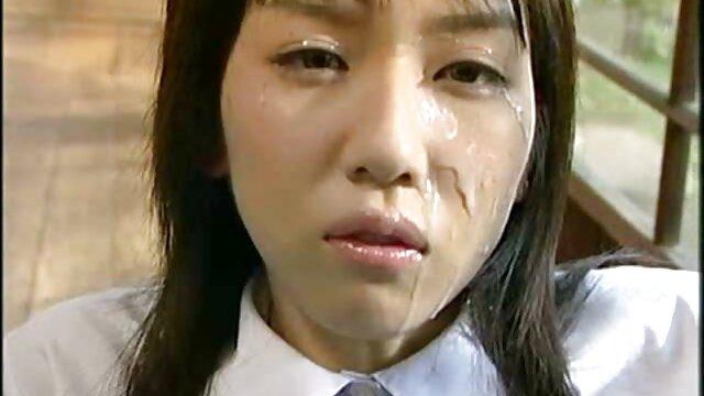 مثير امرأة أفلام اجنبية جنسية سمراء تحصل مارس الجنس في اثنين من الثقوب