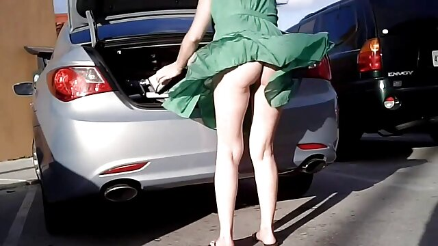 قفز الرجل مشاهدة افلام اجنبية جنسية ، الرجل الكبير لم يترك السيارة
